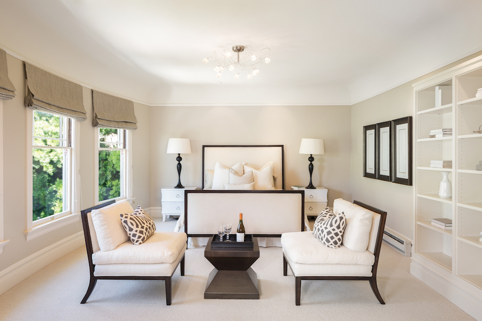 How to Create the Right Ambiance With the Right Staging